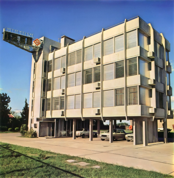 1980   Novas Linhas